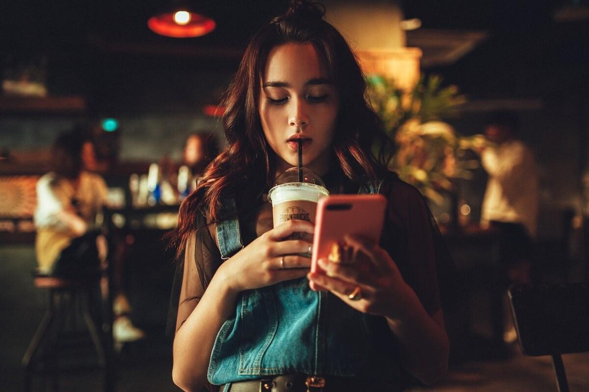 Jak sprawdzić ile czasu spędzamy na telefonie?